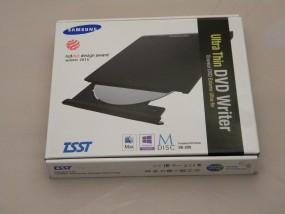 NAPĘD Ultra Thin DVD Writer Samsung USB 2.0 -zew USB2.0 SE-208GB/RSBDE