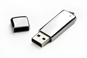 USB 8 GB Pendrive